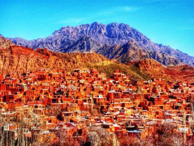 ابیانه روستایی با جاذبه های گردشگری