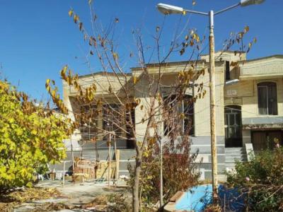 ویلاباغ دوبلکس دارای سوئیت مجزا با حیاط اختصاصی